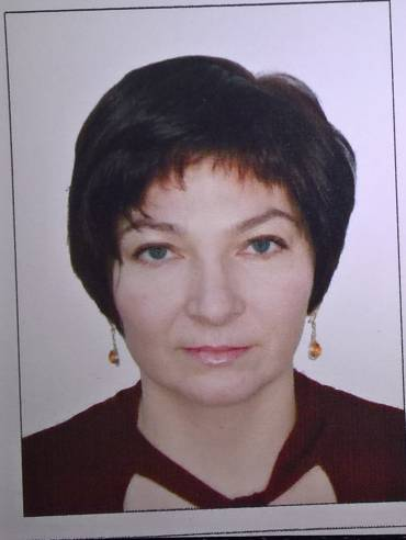 Arina KHAKIMOVA